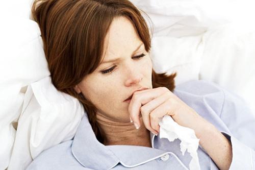 原来喉咙痒干咳很有可能是慢性咽炎发作了,那么喉咙痒干咳怎么办,不要