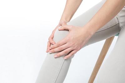 易伤膝关节的行为有哪些 想要修复看看氨糖的作用
